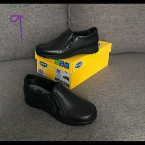 Brand New Shoes: Women's Size 6.5